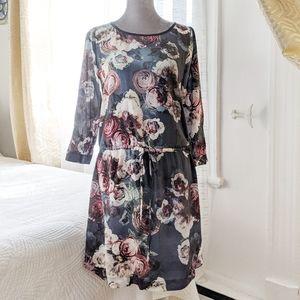 Club Monaco 100% Silk floral print dress